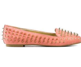 Nieten am Schuh