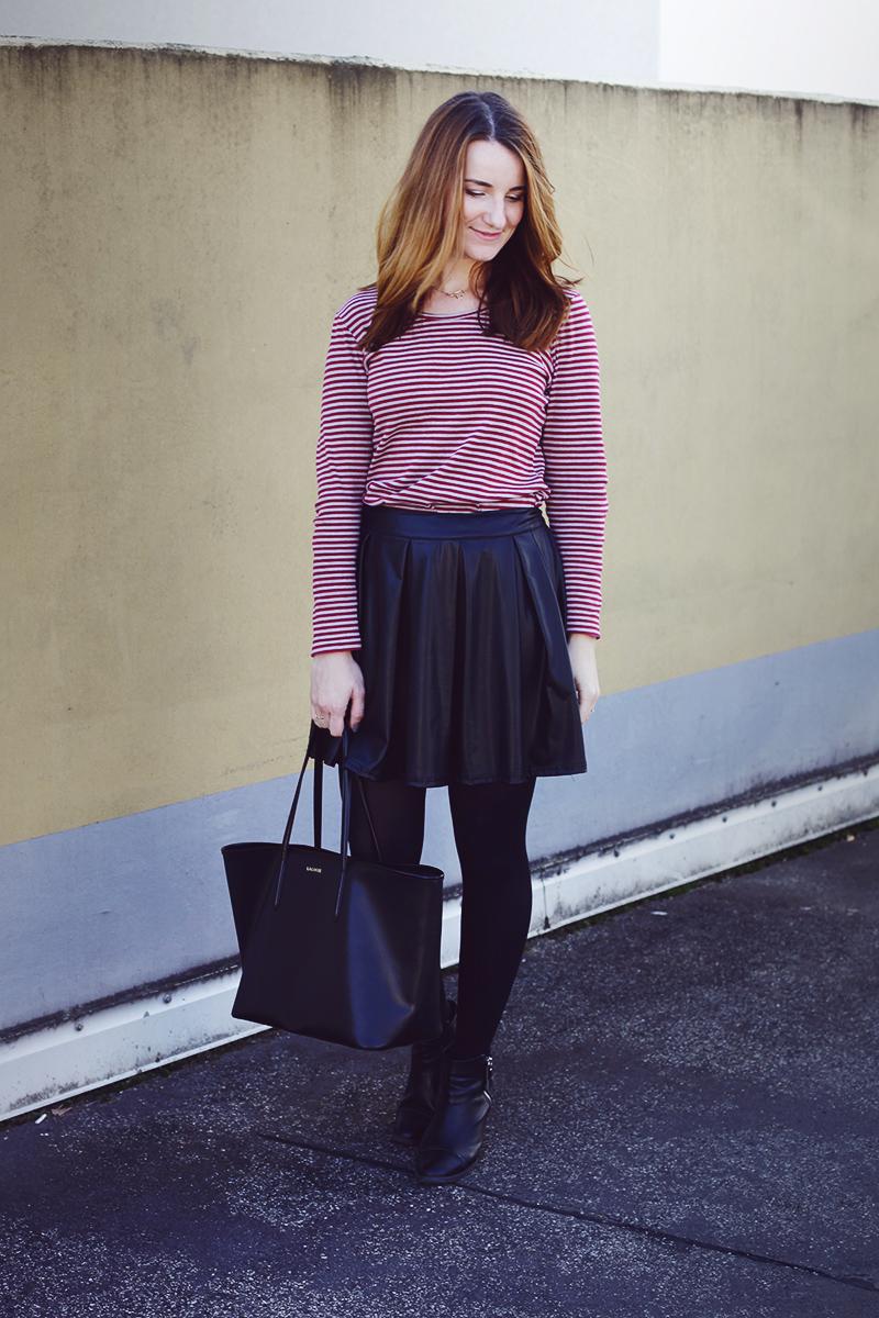 lederrock-streifen-outfit-1