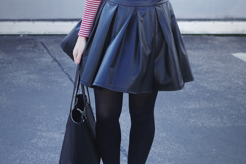 lederrock-streifen-outfit-4