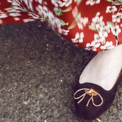 Outfit: Geblühmtes Maxikleid von Mint & Berry