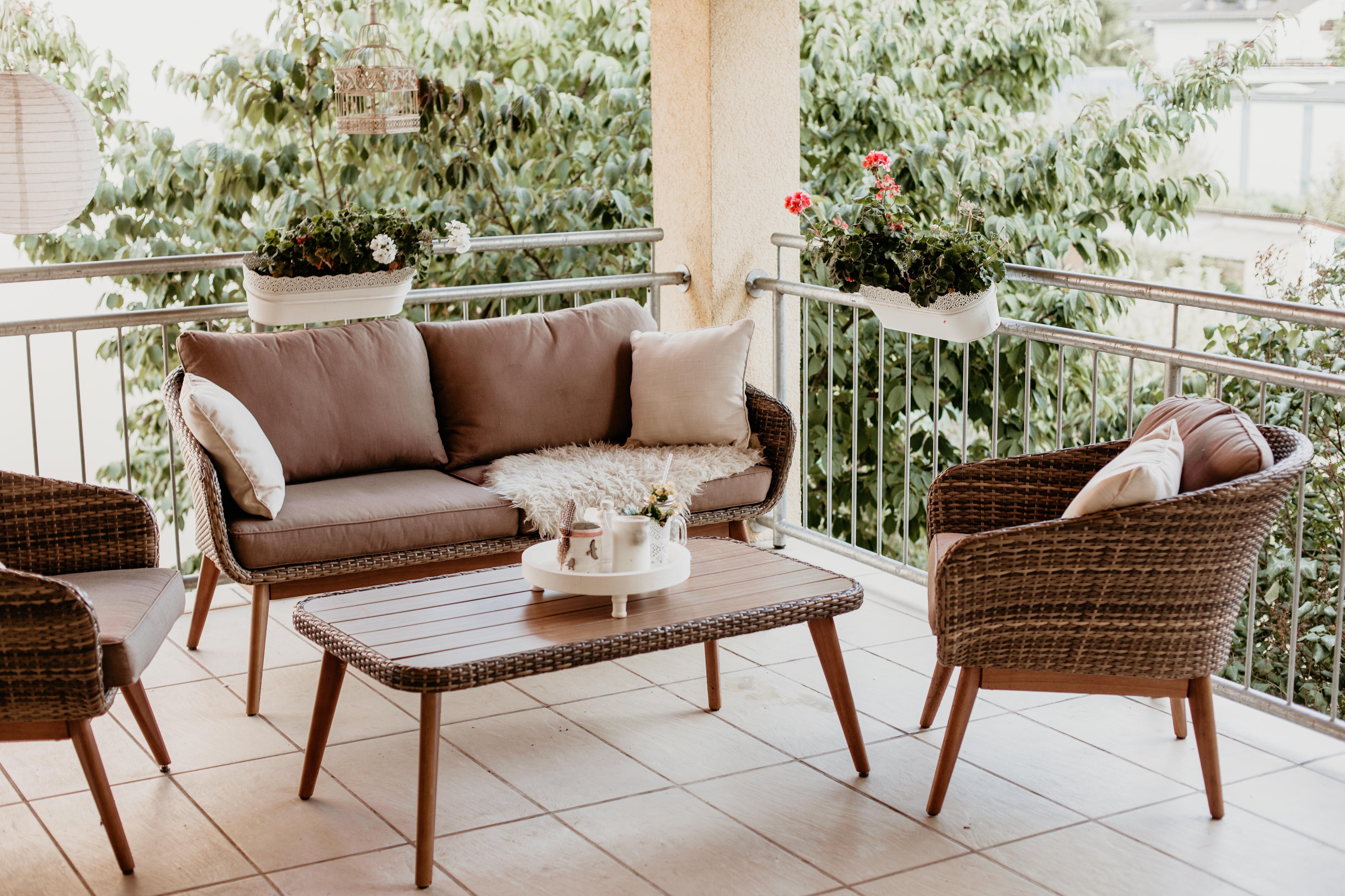 Diy Windlicht Unsere Gemutliche Lounge Auf Dem Balkon Always