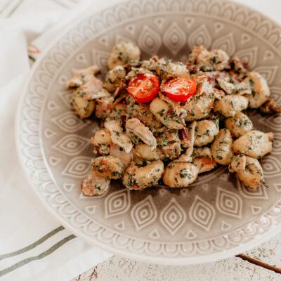 Rezept: Gnocci mit Spinat, Bacon und getrockneten Tomaten